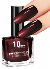 Studio Lacquer Nagellack Fearless Darkred 36